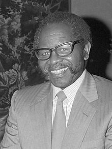Oliver Tambo httpsuploadwikimediaorgwikipediacommonsthu
