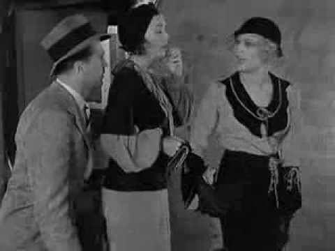 On the Loose (1931 film) httpsiytimgcomvi9JMP4Mhyrtchqdefaultjpg