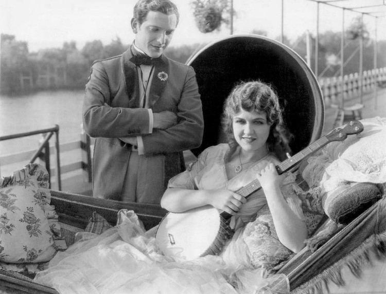 On with the Show (1929 film) movie scenes Laura La Plante and Joseph Schildkraut in a scene from the film