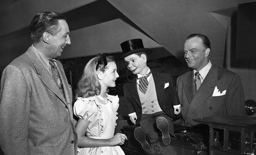 One Hour in Wonderland Day 1 Behind Walt Disneys First Television Program One Hour in