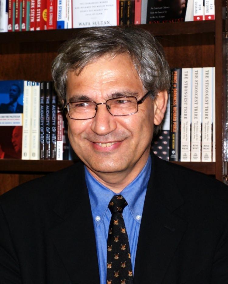 Orhan Pamuk httpsuploadwikimediaorgwikipediacommons99