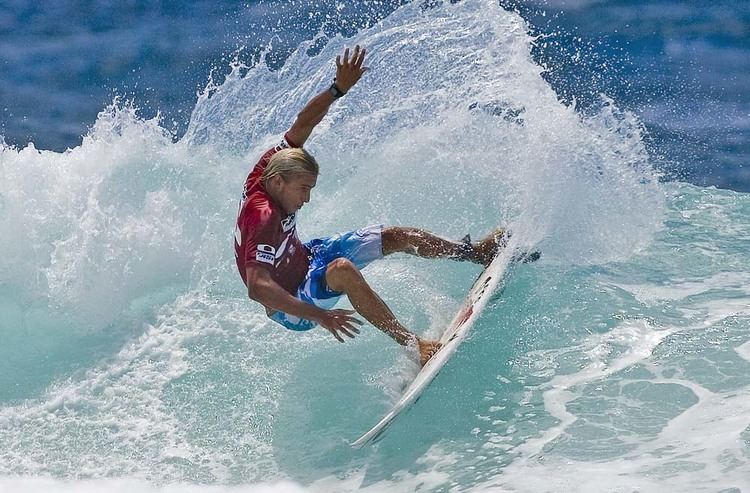 Owen Wright (surfer) Owen Wright Wins Oakley Pro Junior GrindTVcom