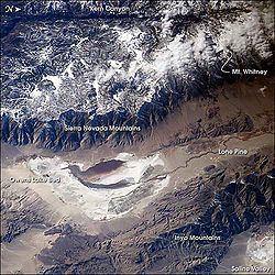 Owens Lake httpsuploadwikimediaorgwikipediacommonsthu