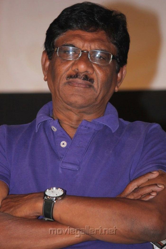 P. Bharathiraja Picture 463830 P Bharathiraja at Moodar Koodam Movie