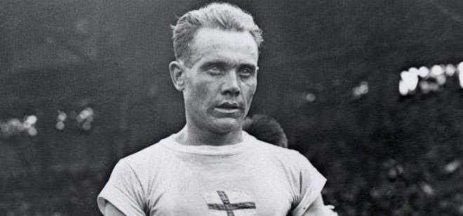 Paavo Nurmi Paavo Nurmi Best Long Distance Runner of All Time