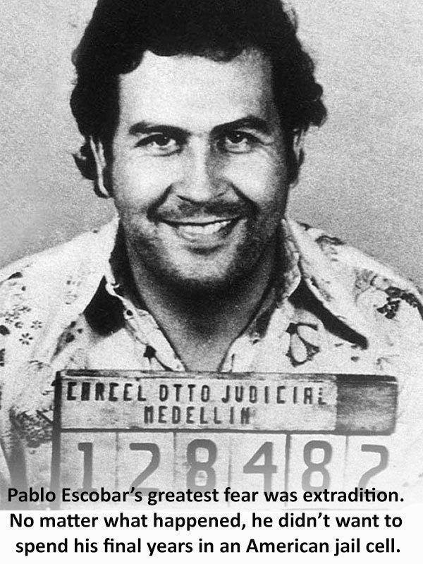 Pablo Emilio Escobar Gaviria with a placard.