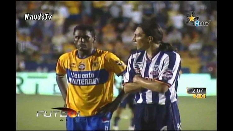 Pablo Rotchen El Penal que paro Rotchen Tigres 1 4 Monterrey Clasico