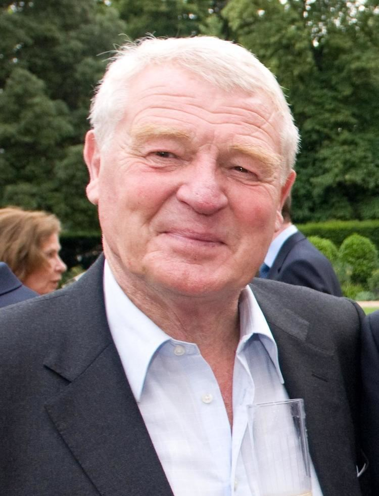 Paddy Ashdown httpsuploadwikimediaorgwikipediacommons55