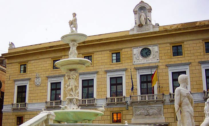 Palazzo Pretorio, Palermo wwwpalermowebcomcittadelsolemonumentiimmagini
