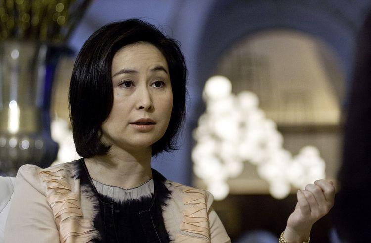 Pansy Ho Pansy Ho May Raise 15 Billion in MGM China Share Sale