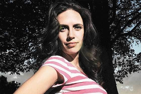 Paola Mendoza Paola Mendoza