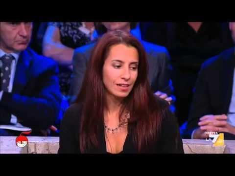 Paola Pinna Paola Pinna Espulsa per posizioni critiche YouTube
