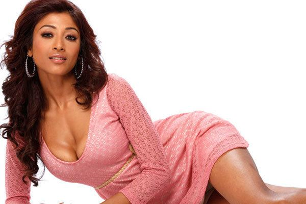 Paoli Dam PHOTOS Paoli Dam Hate content to Hot scenes Photo