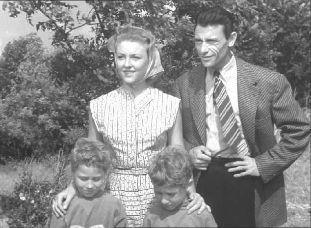 Papa, maman, ma femme et moi Base de donnes de films franais avec images