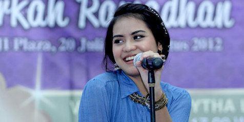 Paramytha Lestari Mulyarto Galau Mytha Lestari Curhat Lewat Lagu KapanLagicom
