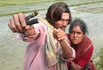 Parattai Engira Azhagu Sundaram Review
