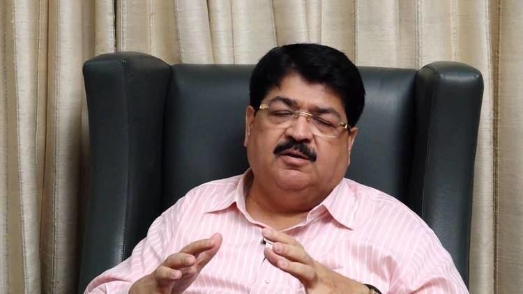 Parimal Nathwani Shri Parimal Nathwani talks on his Village Developement