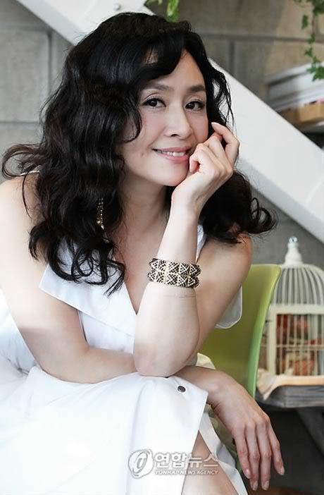 Park Hae-mi Musical actress Park Haemi joins Daemul Dramabeans