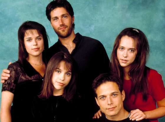 Party of Five Lacey Chabert Has a Party of Five Reunion With Jennifer Aspen E News