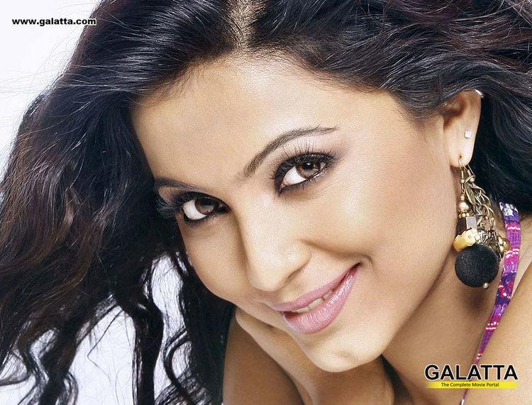 Parvathi Nayar Parvathi Nayar Photo Gallery Kannada Actress Parvathi Nayar39s