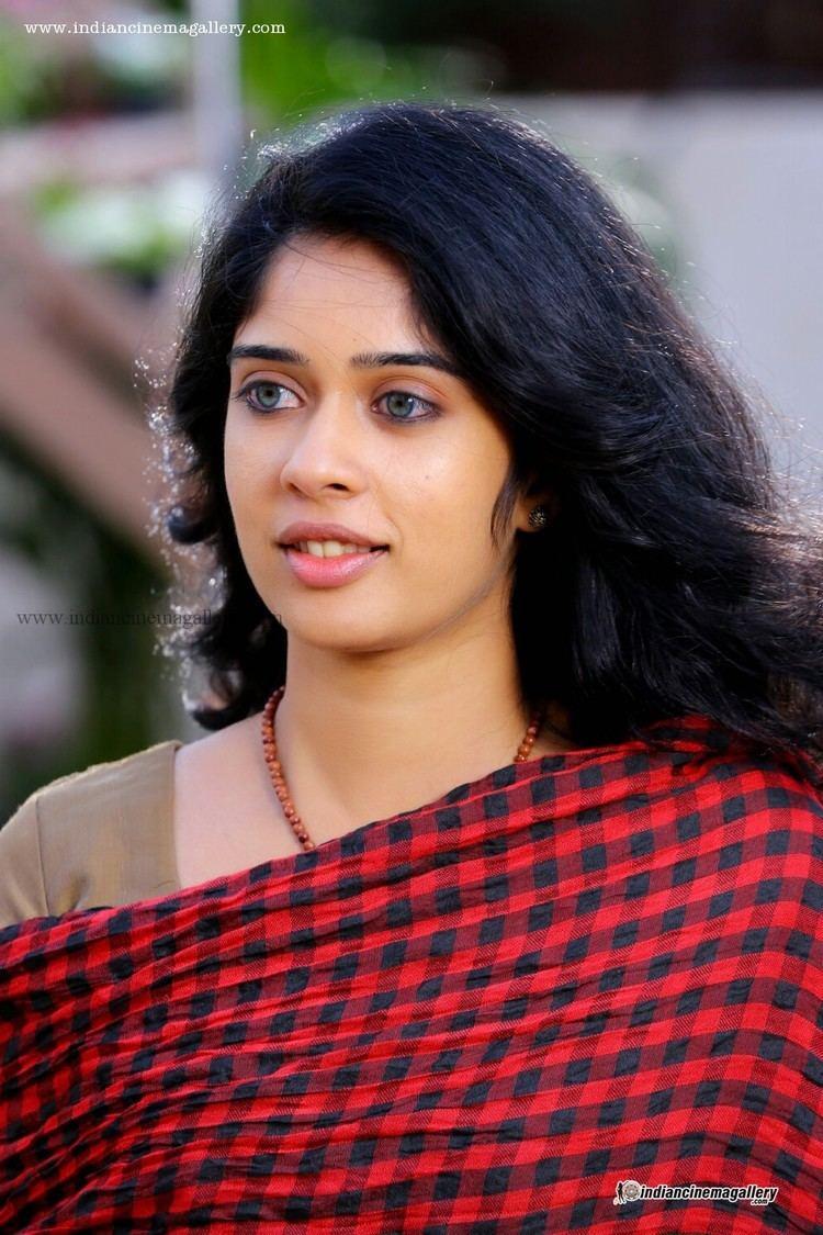 Parvathy Ratheesh Parvathy Ratheesh Actress Photos Stills Gallery
