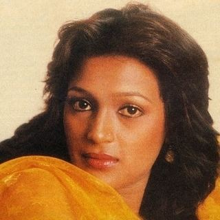 Parvati Khan Artist Profile Parvati Khan Bio