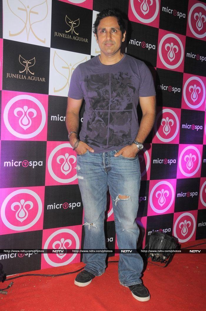 Parvin Dabas Actor Parvin Dabas Veethi
