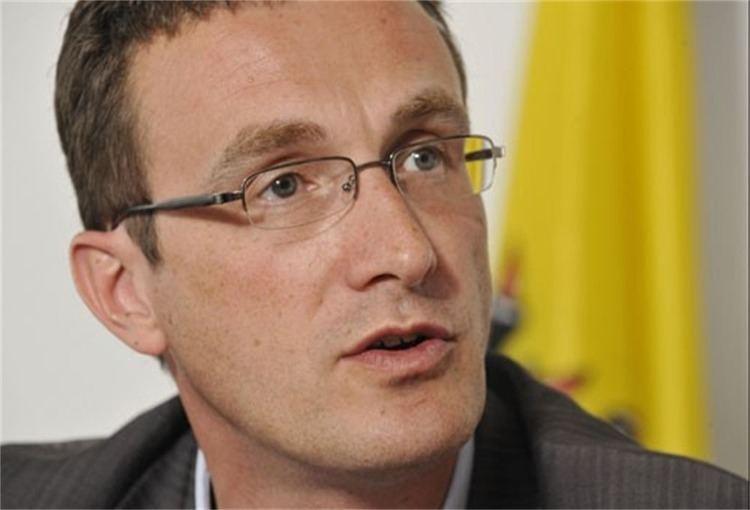 Pascal Smet Dhr Pascal Smet Vlaams min van OnderwijsJeugdGelijke