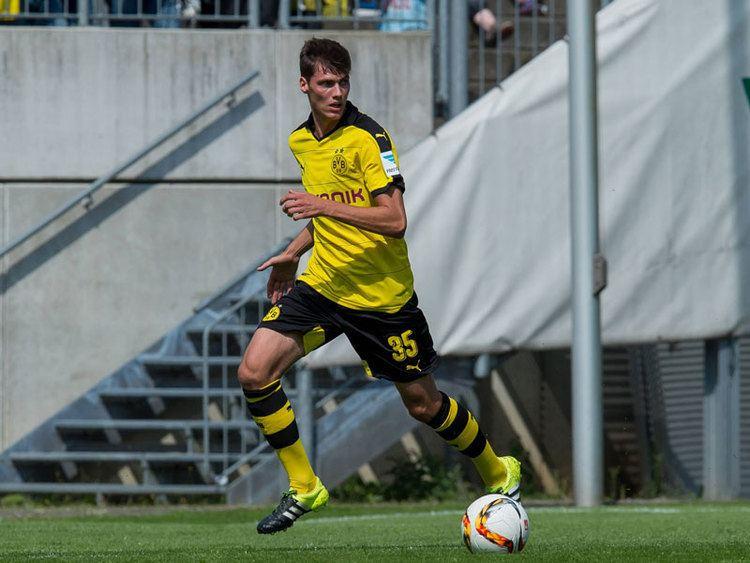 Pascal Stenzel Youngster Stenzel beeindruckt Tuchel Bundesliga