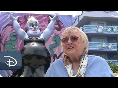Pat Carroll (actress) Actress Pat Carroll Adds To an Ursula Sketch Disney39s