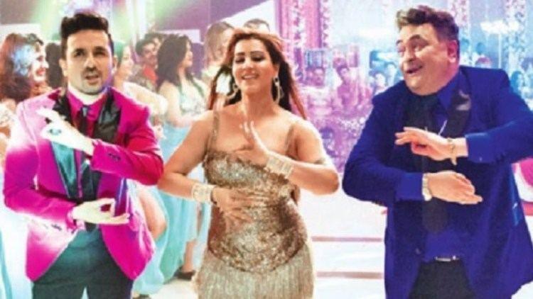 Shilpa Shinde AKA Angoori Bhabhi Goes GLAM for Patel Ki Punjabi