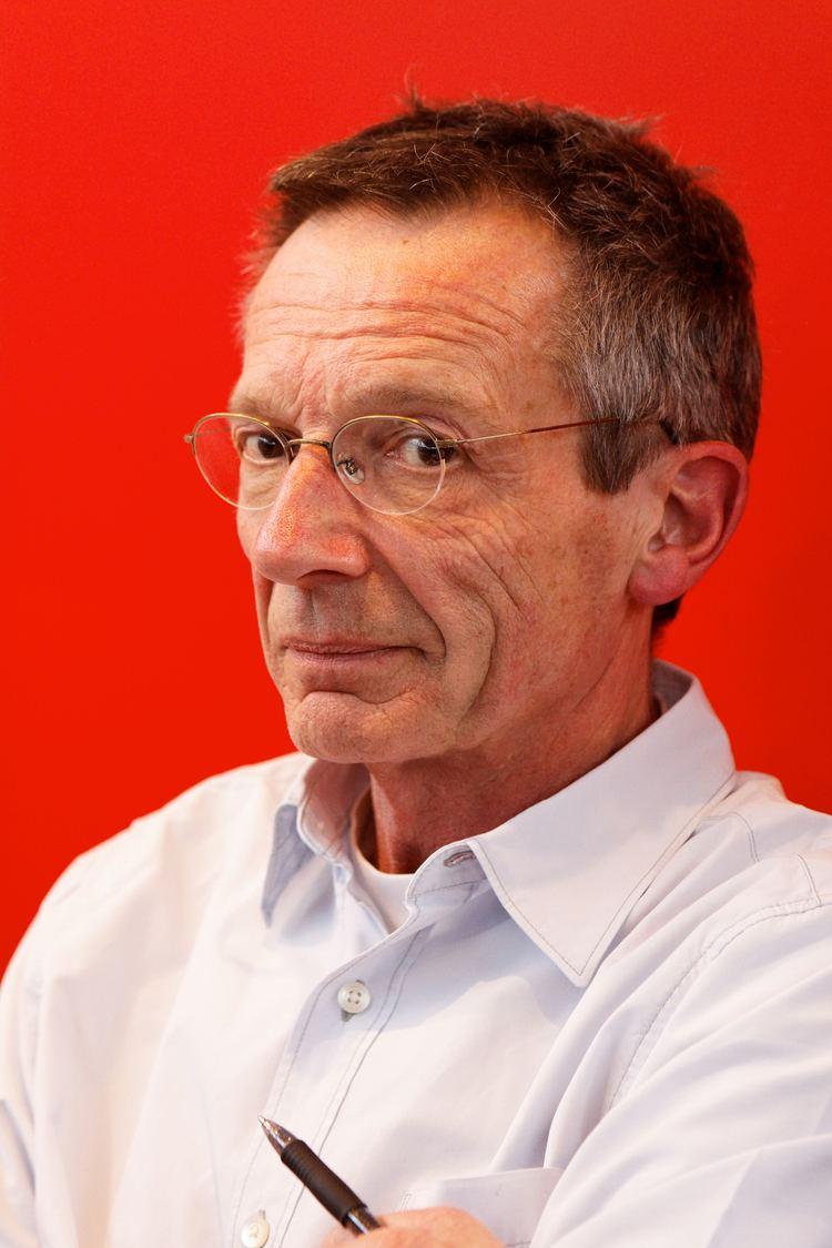 Patrice Leconte FileSalon du livre de Paris 2011 Patrice Leconte 103