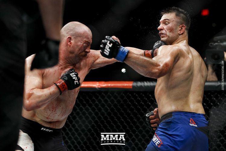 Patrick Cummins (politician) Patrick Cummins vs Gian Villante full fight video highlights MMA