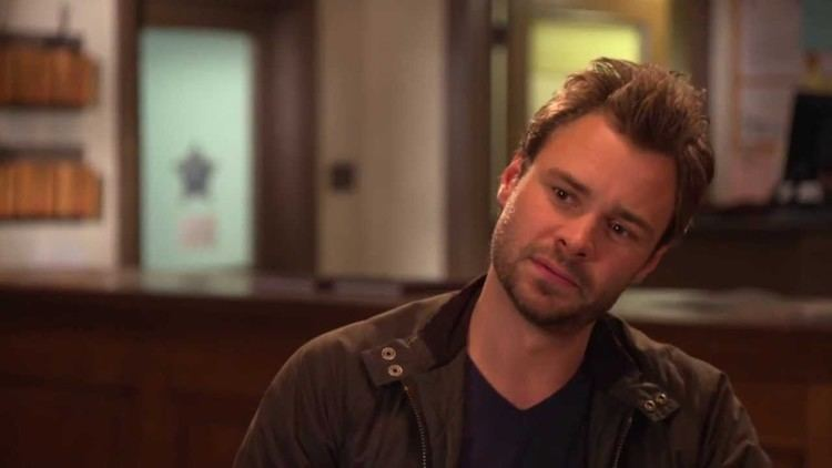 Patrick Flueger Chicago PD Special Crossover Episode with Law Order SVU