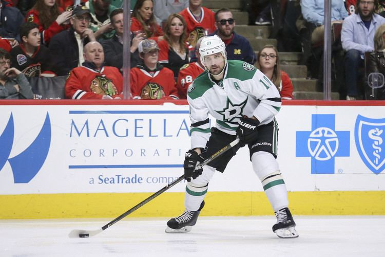 Patrick Sharp Patrick Sharp puts heart over bank account in resigning with