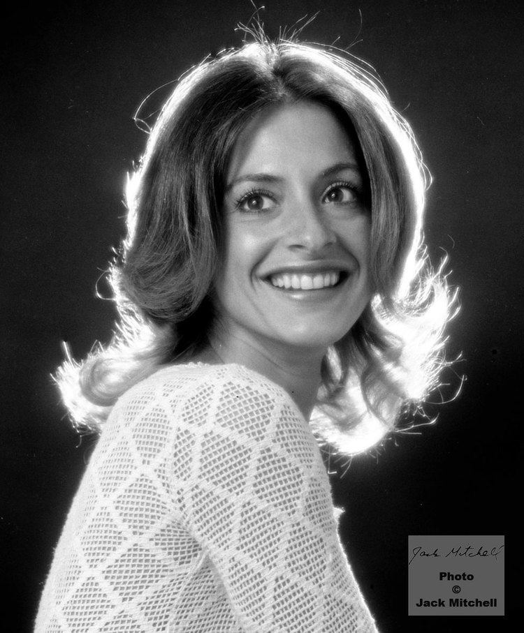 Patti LuPone Broadway diva Patti Lupone Faces Faces and Faces Pinterest