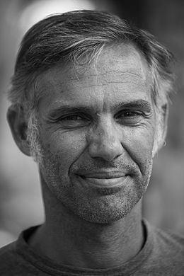 Paul Belmondo httpsuploadwikimediaorgwikipediacommonsthu