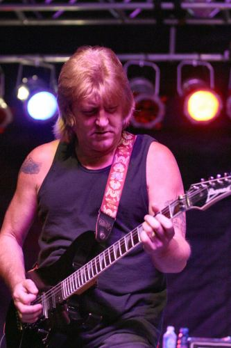 Paul Chapman (musician) blogimggoonejpuserimage35d98847a61dbee4b9d