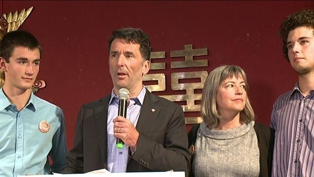 Paul Dewar Paul Dewar loses only NDP seat in Ottawa to Liberal steamroller
