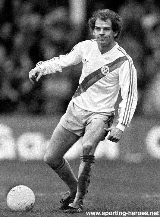 Paul Hinshelwood Paul Hinshelwood 197374198283 Crystal Palace FC