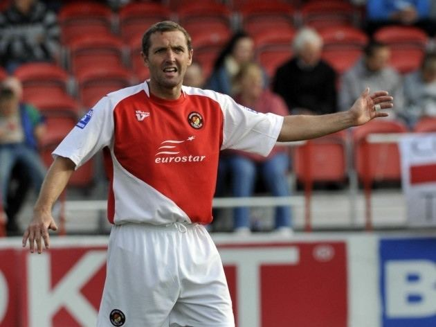 Paul McCarthy (footballer, born 1971) Former Ebbsfleet manager Liam Daish leads tributes to FA Trophy