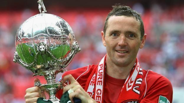 Paul McCarthy (footballer, born 1971) ichefbbcicoukonesportcps624cpsprodpb17C71