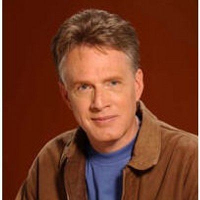 Paul McGuire (radio host) httpspbstwimgcomprofileimages4990610102510