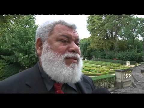 Paul Néaoutyine Interview de Paul Neaoutyine prsident du Palika YouTube