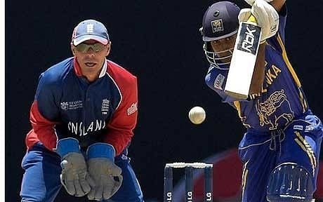 Englands former wicketkeeper Paul Nixon to retire from cricket aged