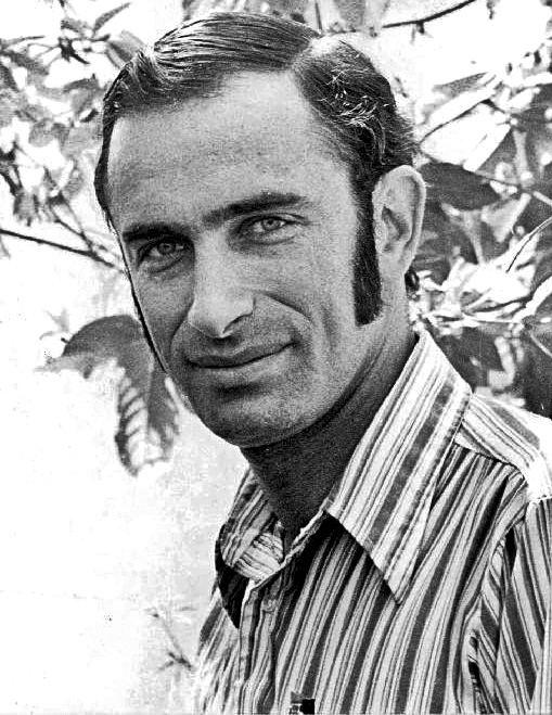 Paul R. Ehrlich httpsuploadwikimediaorgwikipediacommonsee