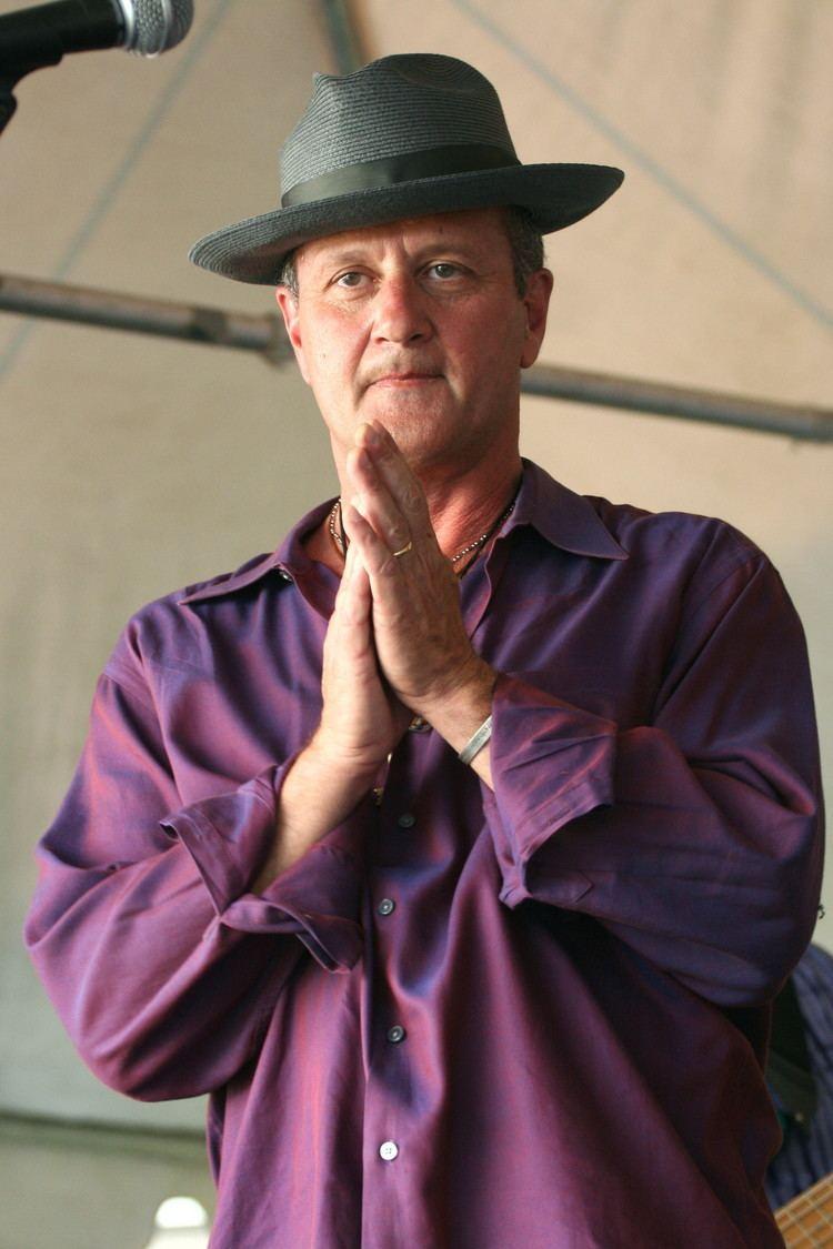 Paul Sanchez FilePaul Sanchez amp the Rolling Road Show Praying Hands