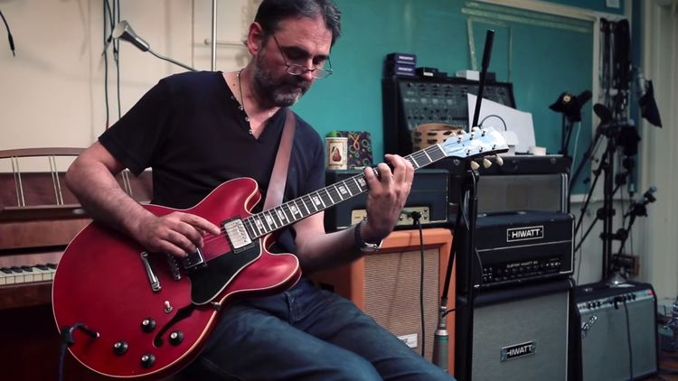 Paul Stacey Paul Stacey Fender Classic Players and more new guitar demos in The