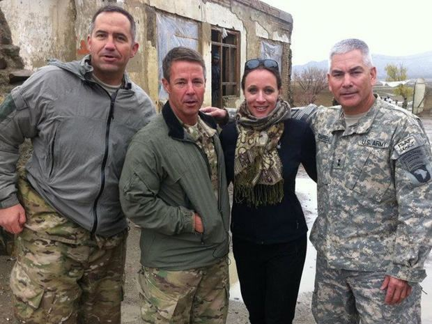 Paula Broadwell Petraeus mistress Paula Broadwell Photo 1 Pictures CBS News