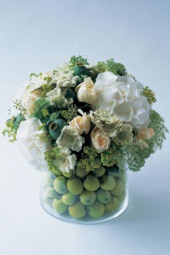Paula Pryke Wedding dress story Wedding flowers by paula pryke